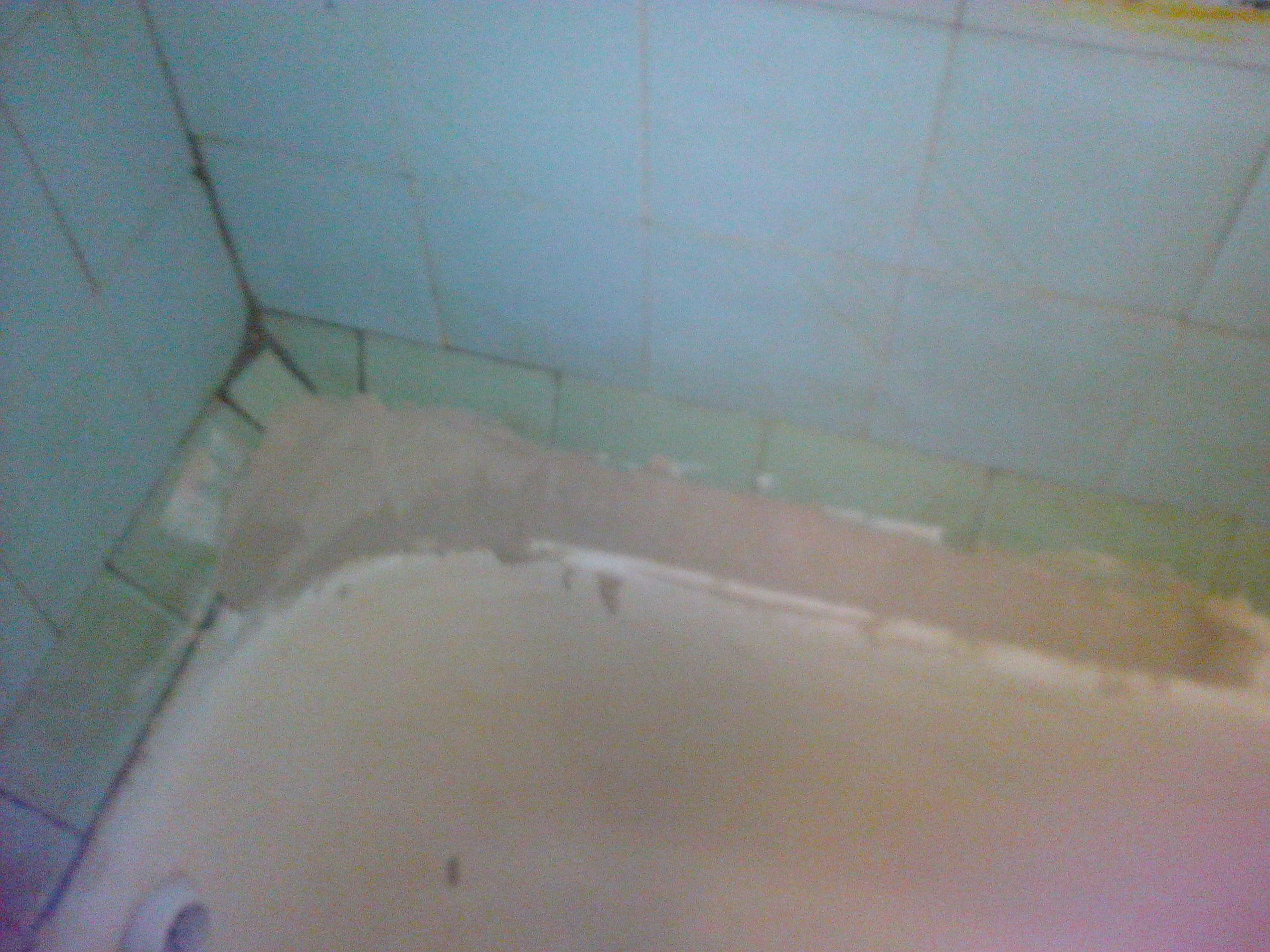 Как заделать стык между ванной и стеной: монтажный инструктаж 18